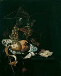 stilleben mit früchten in einer wan-li-schale, einer auster und einem almanachblatt by martinus nellius