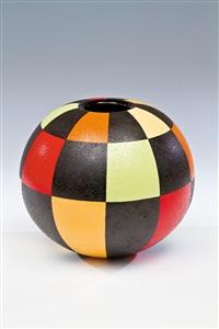 kugelvase by mieke groot