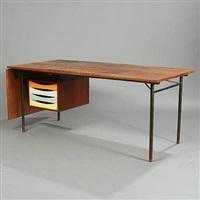 freestanding writing desk with extension leaf (model bo 69) by finn juhl