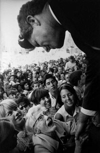 robert kennedy campaign, indiana by steve schapiro