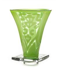 labyrint grön vas by helén krantz
