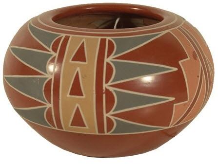 santa clara jar by belen tapia