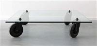 table de salon carrée sur des roulettes by gae aulenti