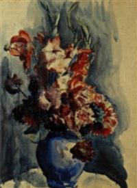 blumenstilleben in blauer vase by hans olde