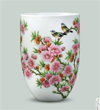 粉彩水点桃花瓷 (peach blossoms vase) by xu yafeng