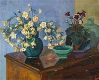 blommor mot blå bakgrund by axel nilsson