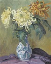 stillleben mit dahlien in einer vase by pierre jaques