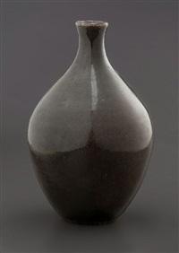 petit vase ovoïde à col étroit by josep llorens-artigas
