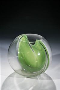 vase ''membrane'' by toni zuccheri
