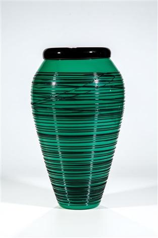 vase aus der serie chiacchiera by toots zynsky