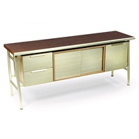 italic styling cabinet by gordon bunshaft