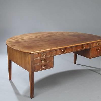 desk by frits henningsen