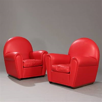 Vanity Fair easy chairs pair by Poltrona Frau on artnet