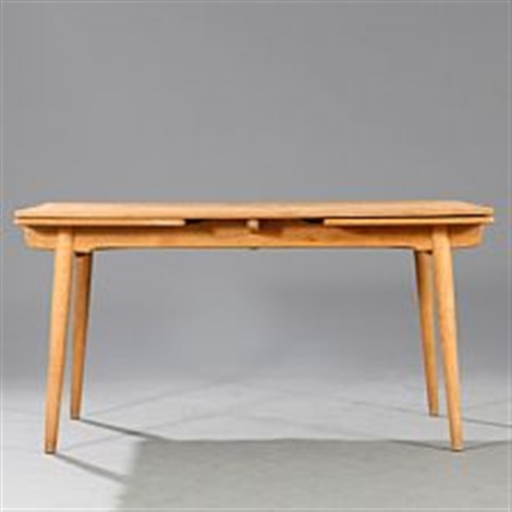 dining table with pullout leaves model at-312hans j. wegner on