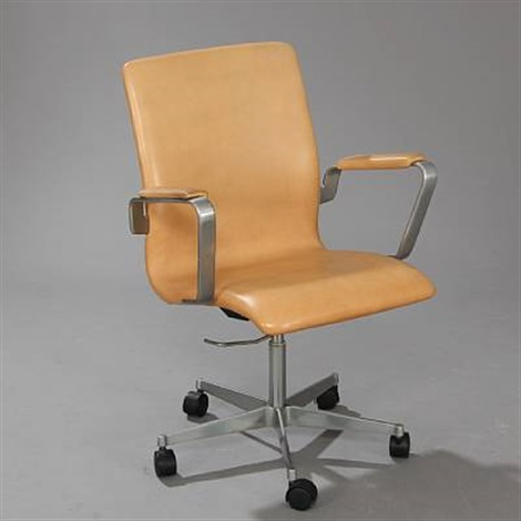 oxford swivel chair model 3291 by arne jacobsen