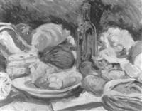 stilleben mit rotweinflasche by marcus sendlinger