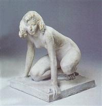 siddende kvinde by mogens boggild
