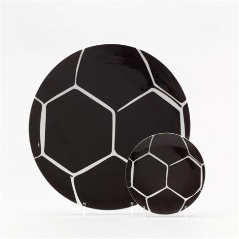 Ohne Titel Zwei Keramikteller Zur Fussball Wm 2006 Set Of 2