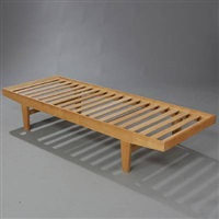 ask daybed (model h9) by poul volther