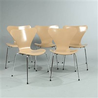 seven chair (model 3107) (set of 5) by arne jacobsen