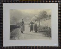 villageoises riant by léonard misonne