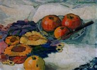 stillleben mit äpfeln und blütenmuster by eva langkammer
