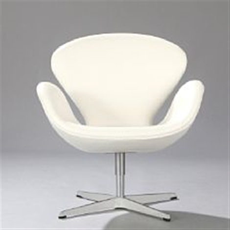 Marvelous The Swan Swivel Chair By Arne Jacobsen On Artnet Bralicious Painted Fabric Chair Ideas Braliciousco