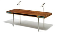 freestanding desk by harbo solvsteen
