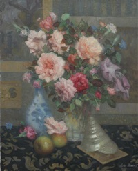 rose bouquet with apples and seashell by lievin baert