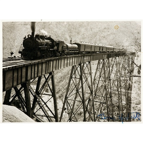 train over salsipuedes by tina modotti
