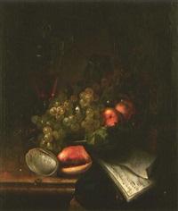 stillleben mit früchten, muscheln und deckelpokal by catharina treu