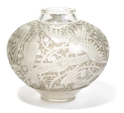 vase aras by rené lalique
