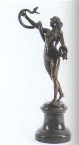 stående kvinde med slange by karl kowalczewski