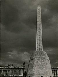 l'obelisque place de la concorde, dated by brassaï