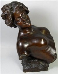 female bust by giuseppe renda
