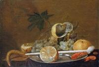 stillleben mit früchten, gekochten krabben und einer tonpfeife by cornelisz mahu