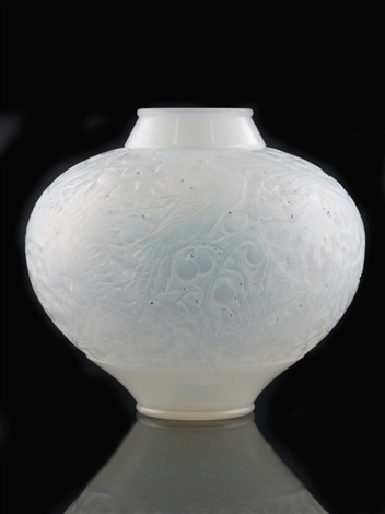 aras no919 vase by rené lalique