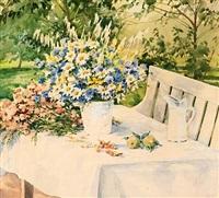 haveeksteriør med blomster på et bord by olga aleksandrovna (princess of storfyrstinde)