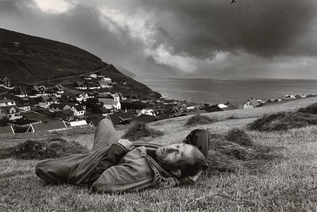 resting - faroe islands by ragnar axelsson (rax)
