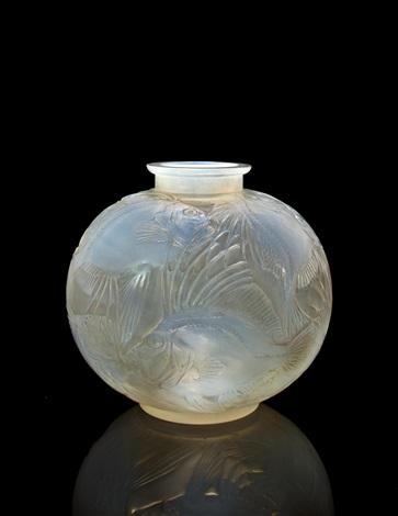 vase poissons by rené lalique