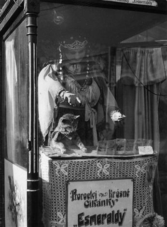 maringotky zirkuswagen by tibor honty