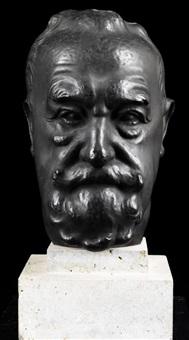 portraitkopf eines bärtigen mannes by fritz koelle