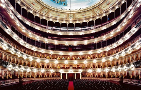 teatro colón buenos aires i 2006 by candida höfer