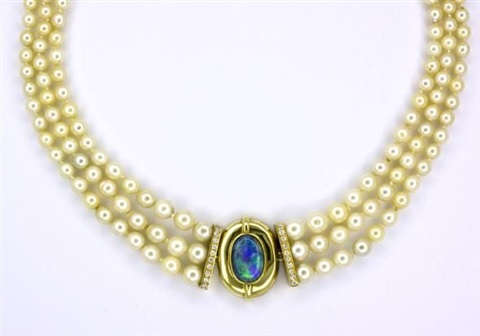 a necklace by peter gilder co