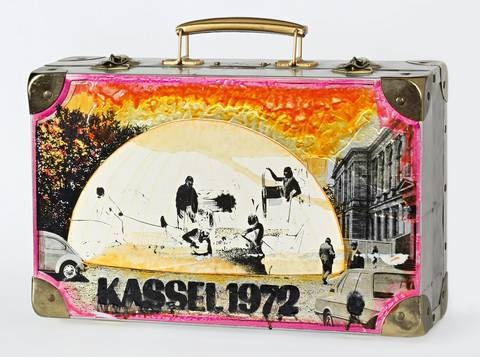 documenta koffer by edward kienholz