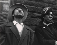 couple, harlem by leon levinstein