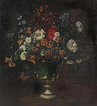herbstblumenstrauß in grüner vase by camill macklot