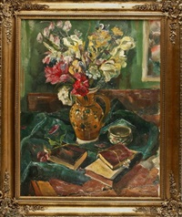 stilleben mit buntem blumenstrauß in vase und büchern by julius freymuth