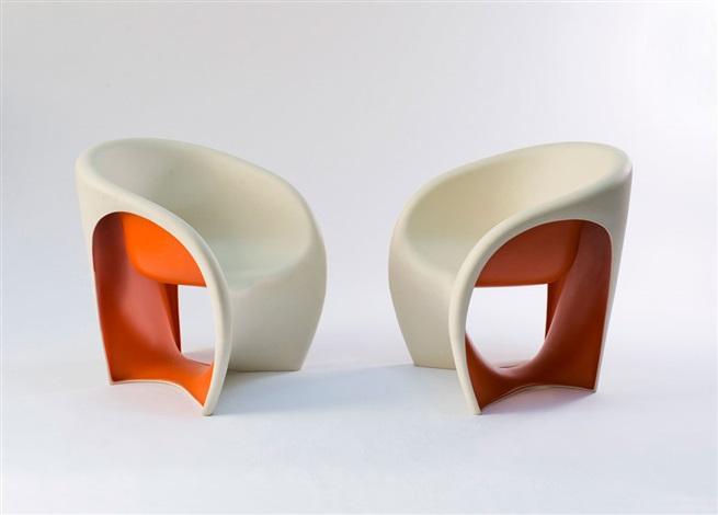 zwei armlehnstühle mt1 by ron arad