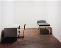 stuhl, tisch und liege by ricarda roggan